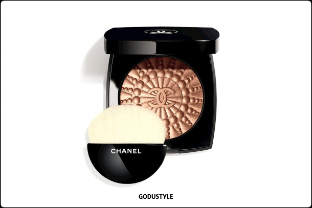 chanel-perles-et-eclats-summer-2021-le-blanc-makeup-look-style5-details-shopping-maquillaje-verano-godustyle