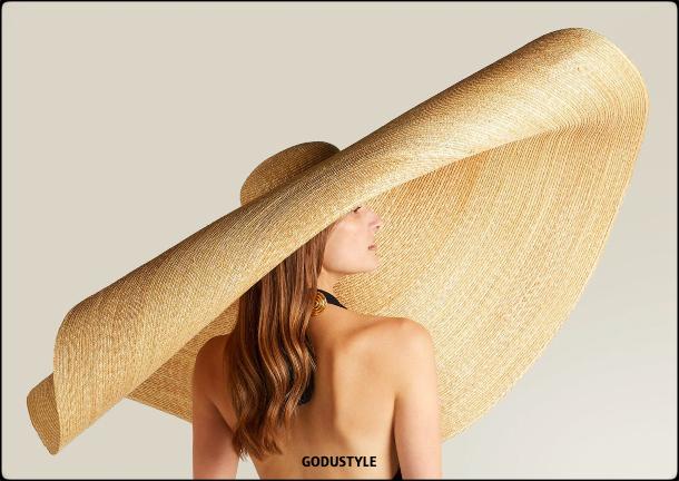 raffia- straw-hats-spring-summer-2021-accessories-fashion-trends-look12-style-details-shopping-moda-verano-godustyle