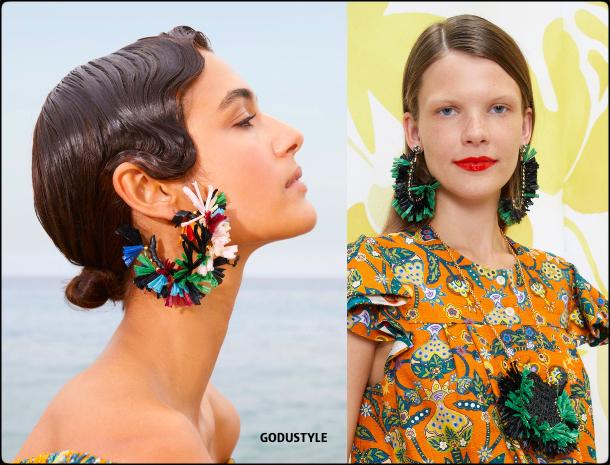 raffia- straw-jewelry-spring-summer-2021-accessories-fashion-trends-look-style-details-shopping-moda-verano-godustyle