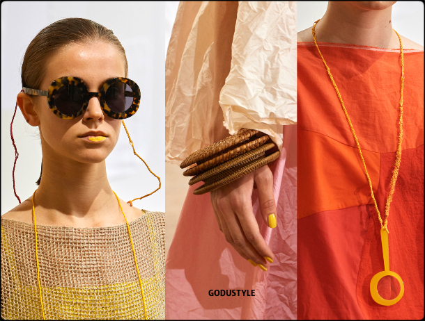raffia- straw-jewelry-spring-summer-2021-accessories-fashion-trends-look2-style-details-shopping-moda-verano-godustyle