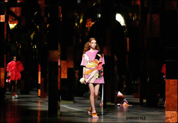 fendi-spring-summer-2022-collection-fashion-look-style8-details-moda-primavera-verano-godustyle