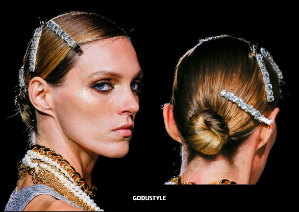 tom-ford-spring-summer-2022-collection-fashion-beauty-look-style-accessories-details-moda-godustyle