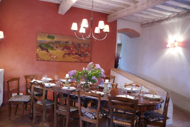 dining room at Villa Pipistrelli