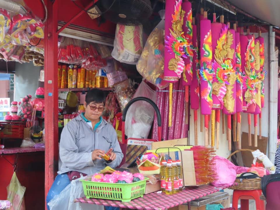 Temple vendor in Penang