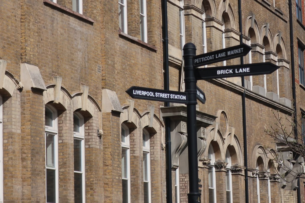 where to walk in London