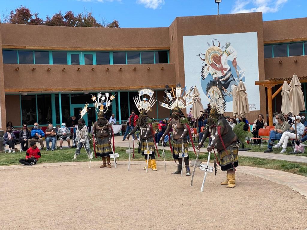 watch live native american dances