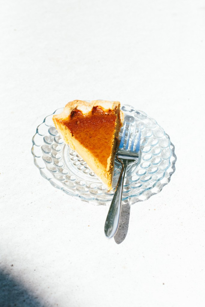 Pumpkin pie with an all-butter crust / Go Eat Your Bread with Joy