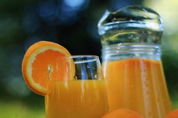 sinaasappelsap-gezond-vers-sap-of-ongezond