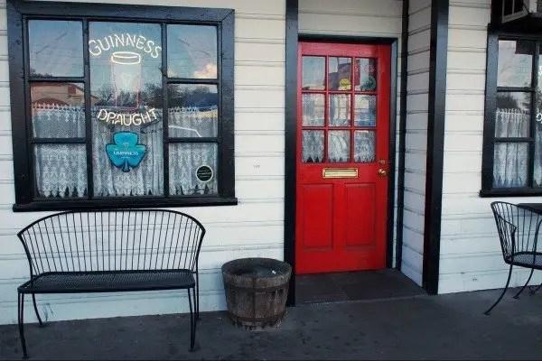 Top 9 Irish Pubs in Orlando with .goepicurista.com perfect for St & Top 9 Irish Pubs in Orlando - Go Epicurista