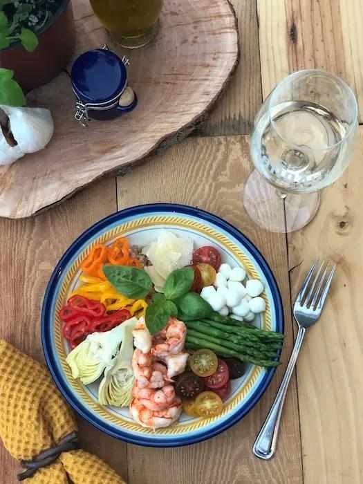Mediterranean Shrimp Farro Salad recipe by GoEpicurista.com