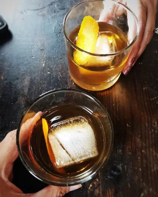 Best Old Fashioned Cocktail in Orlando by GoEpicurista.com
