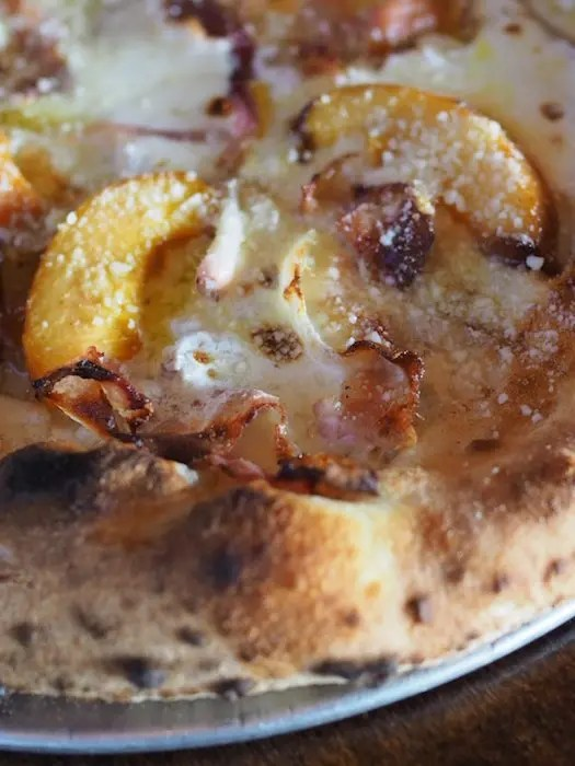 grilled peach blueberry four cheese summer pizza go epicurista