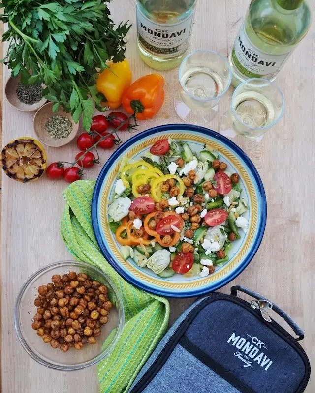 Roasted Chickpeas Mediterranean Salad with Grilled Lemon Wine Vinaigrette recipe perfect for picnics and lunch on the go. Healthy, easy and plant-based friendly.