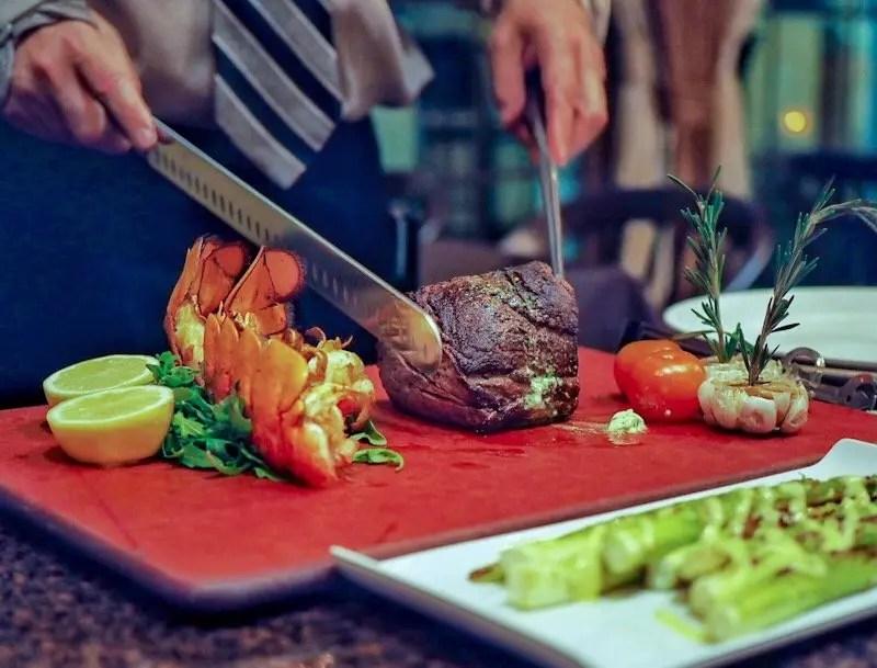 9 Reasons Foodies Love Rosen Shingle Creek Resort in Orlando Steak carving