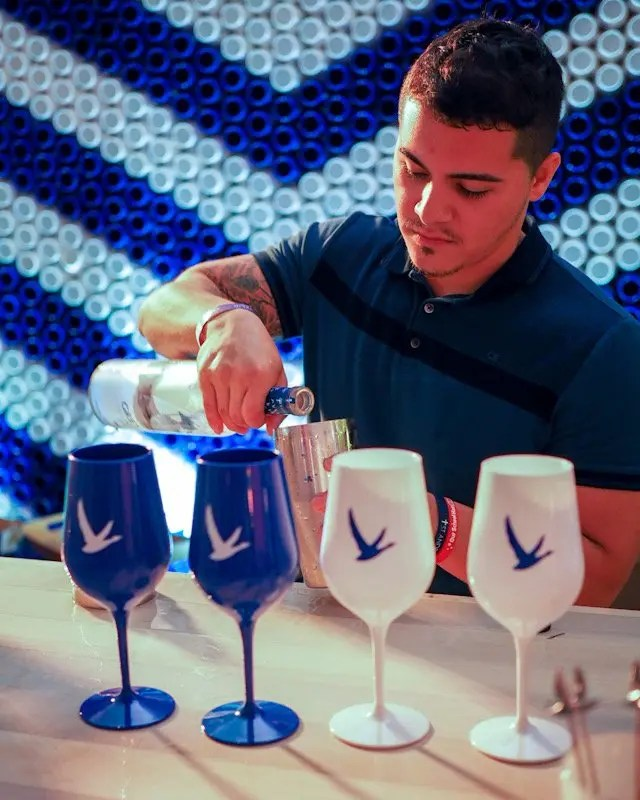 Photo recap why every Foodie Loves Cows N Cabs Event in Orlando. Including Grey Goose Vodka