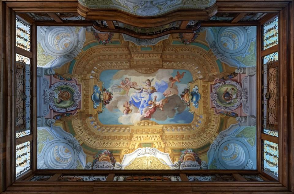 Deckenfresko in der Bibliothek im Stift Melk