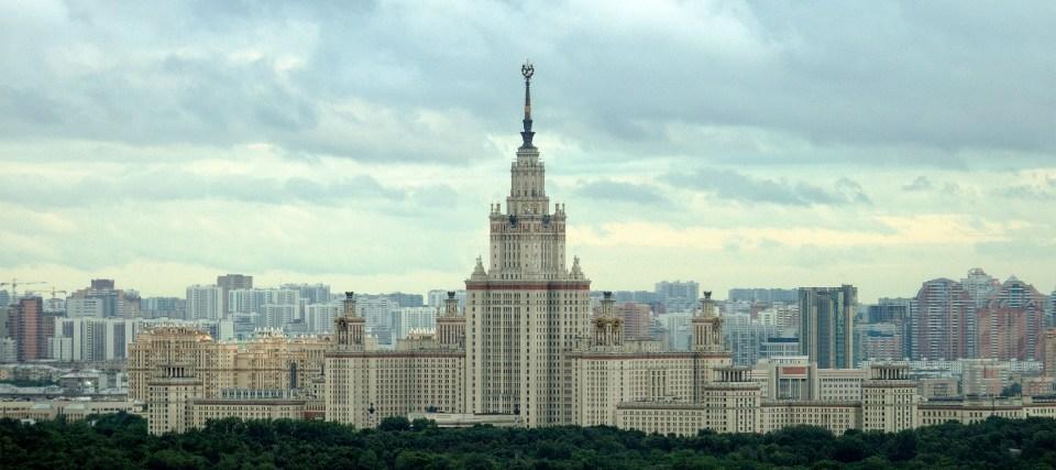 Hauptgebäude der Lomonossow-Universität in Moskau