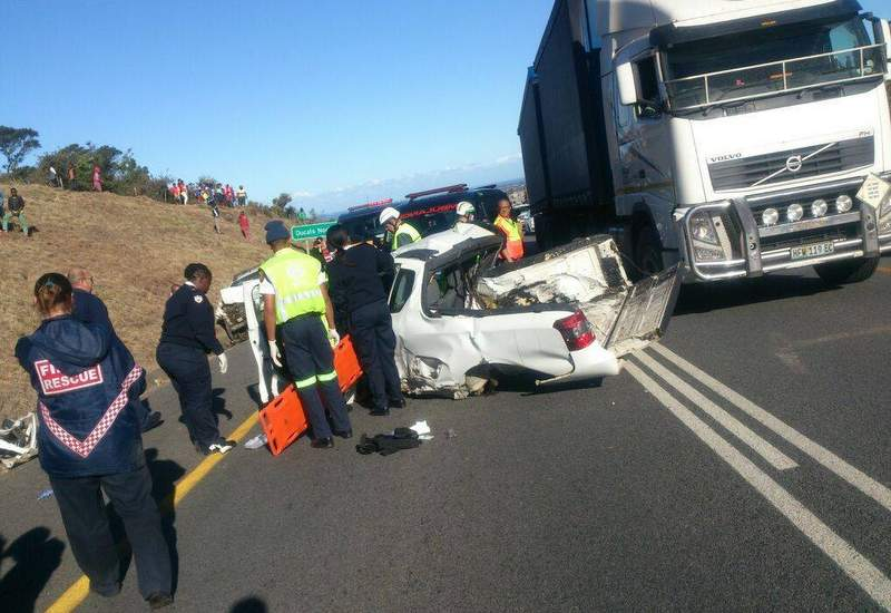 TRAGIC AFTERMATH:  Thorin   Mallinson , 24, died after his bakkie was involved in an accident with a tow truck (pictured) while travelling towards East London on the N6 past Ducats last Tuesday.  Mallinson  was on his way home after a work-related appointment with Wansley Quarries, where he worked as sales manager. Picture: SUPPLIED