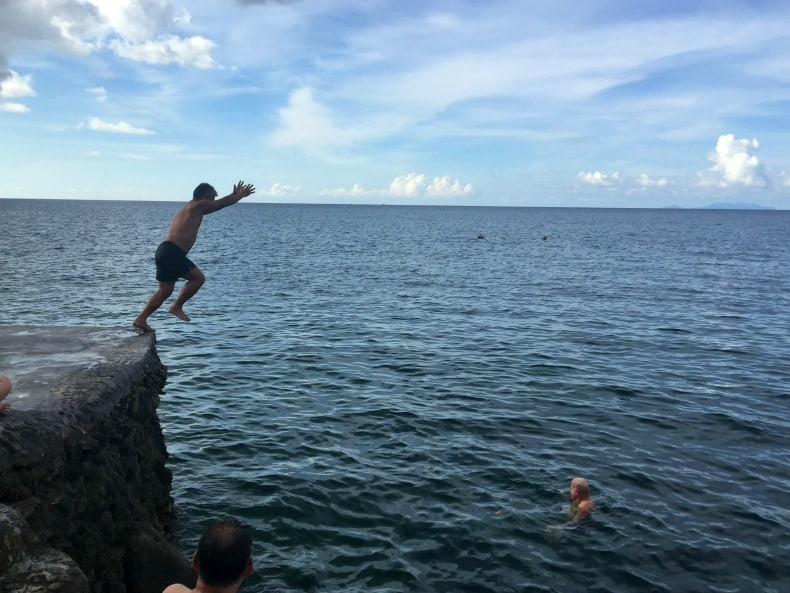 cliff jumping on Koh Phangan