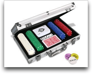 Texas Hold-em / Poker Chips in Case