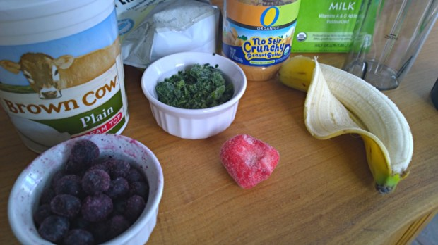 ingredients in a great breakfast smoothie