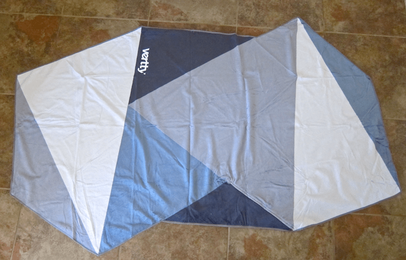 vertty triangular quilt beach towel