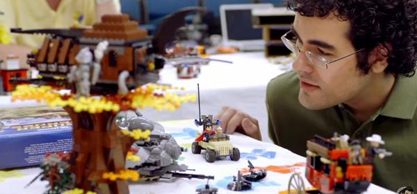 Stephen Pakbaz Mars Curiosity Rover LEGO