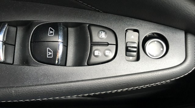 2016 nissan maxima sl door controls
