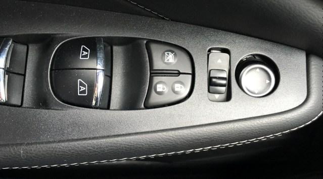 2016 nissan maxima sl door controls