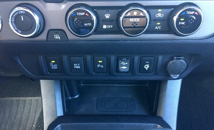 2016 toyota tacoma main dash controls