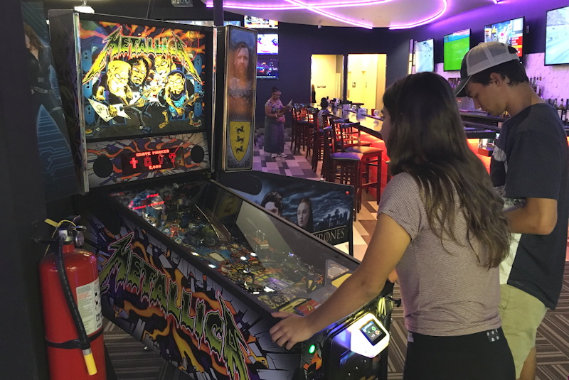 classic metallica pinball at gameworks