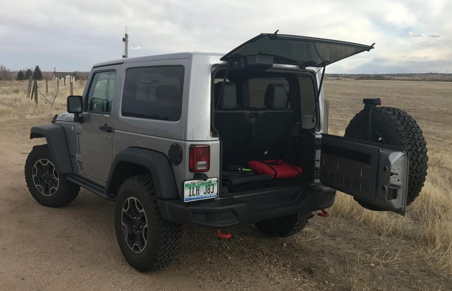 2016 jeep wrangler rubicon hard rock, back hatch open
