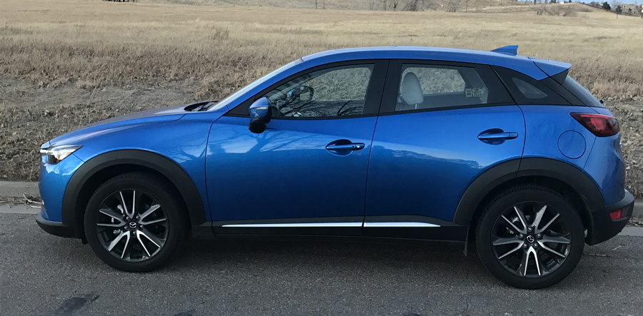 2017 mazda cx-3 side view