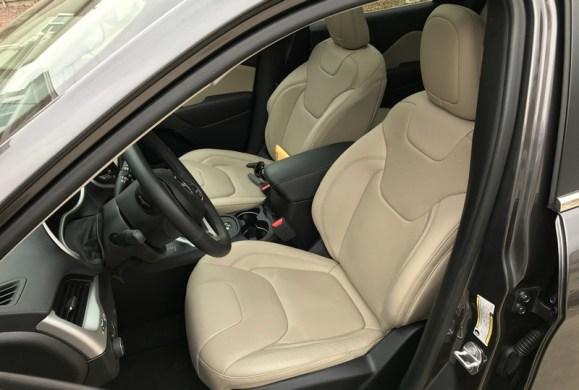 2017 jeep cherokee, interior, black/light frost beige