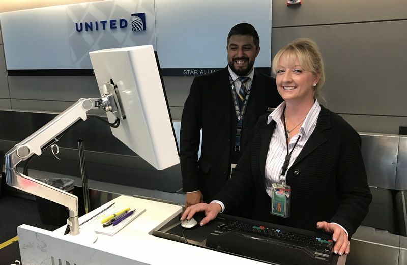 united airlines gate agents, dia