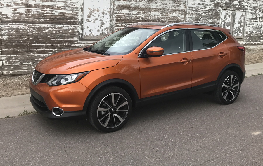 2017 nissan rogue sport sl awd pl in monarch orange, exterior
