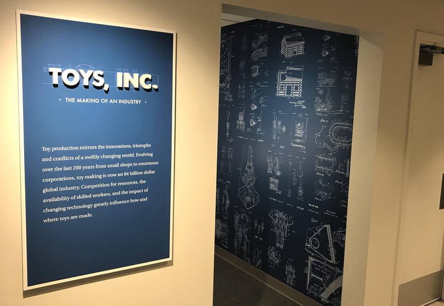 business of toys, national museum toys miniatures