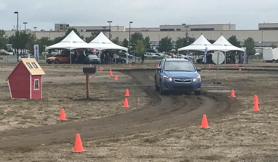 2018 subaru crosstrek, blue, test track