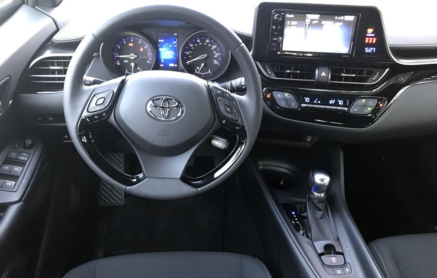 2018 Toyota C-HR interior dashboard