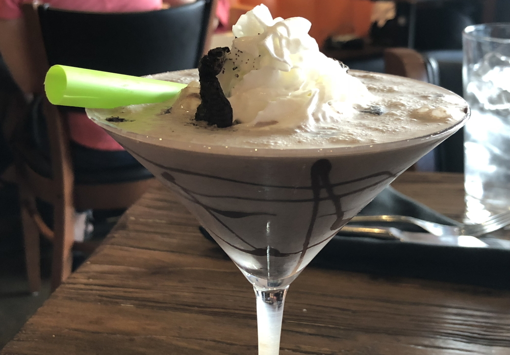 twisted oreo drink, 5280 burger bar, westminster co