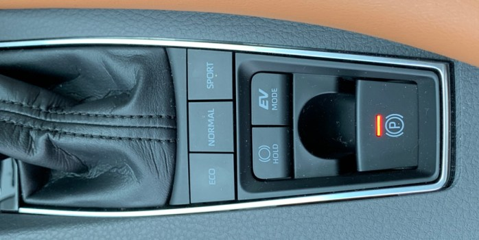 2019 toyota avalon hybrid drive modes