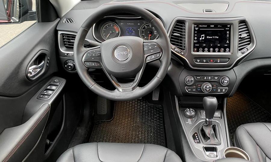 2020 jeep cherokee trailhawk elite front dash dashboard