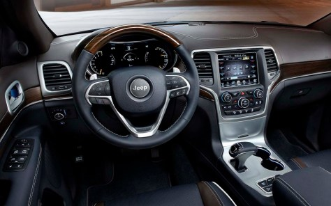 Jeep-Grand_Cherokee_2014_1280x960_wallpaper_91