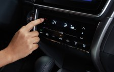 16-touch-screen-climate-control