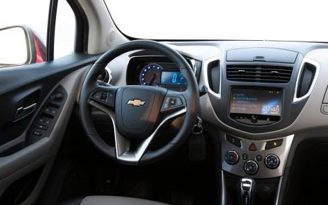 Chevrolet-Trax_2014_1600x1200_wallpaper_11