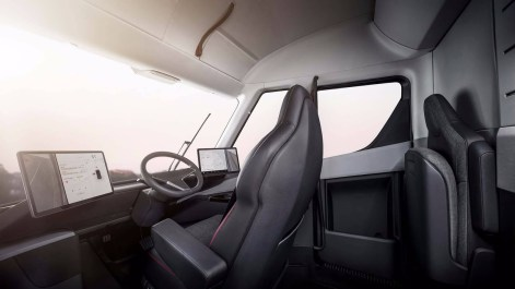 Tesla-Semi-9