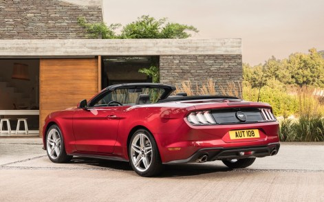 Ford-Mustang_Convertible_EU-Version-2018-1600-09