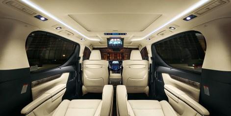 carlineup_alphard_interior_top_features_01-02