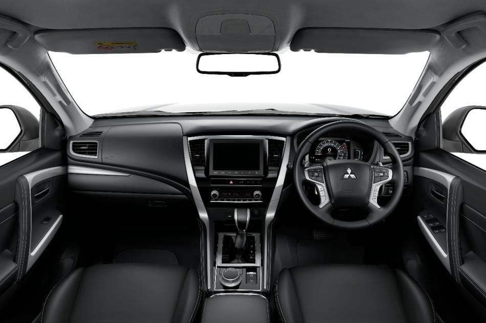2020 Mitsubishi Montero Sport Interior