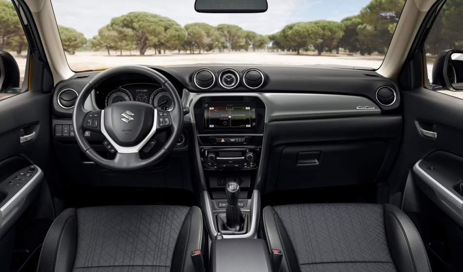 2020 Suzuki Vitara GLX Interior